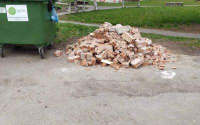 Apel građanima da ne ostavljaju građevinski materijal pored kontejnera