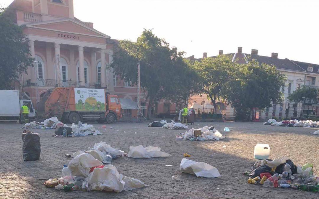 """Radnici """"Čistoće"""" na visini zadatka nakon manifestacije """"Somborski kotlić"""""""